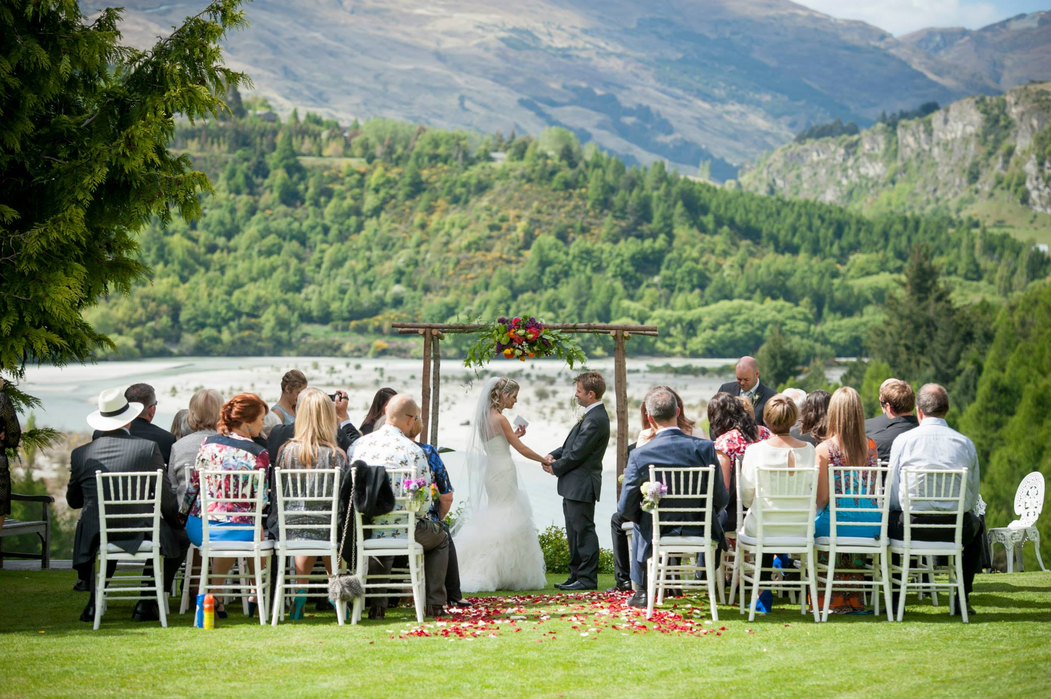 Trelawn place queenstown idyllic wedding venue gallery gallery gallery gallery junglespirit Choice Image